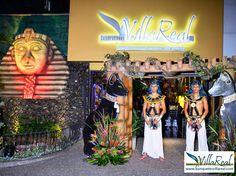 Salón de Laureles, fiesta temática egipcia http://www.banquetesvillareal.com/quince-anos