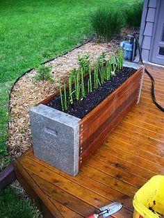 Creating Concrete Countertops: Concrete Patio Table (Part 1 Mold Making)