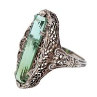 Antique green tourmaline filigree ring, circa antique jewelry, Victorian, white gold, heirloom-love the shape. Antique Rings, Antique Jewelry, Vintage Jewelry, Rustic Jewelry, Bling Bling, Art Nouveau, Green Tourmaline, Victorian Jewelry, Diamonds