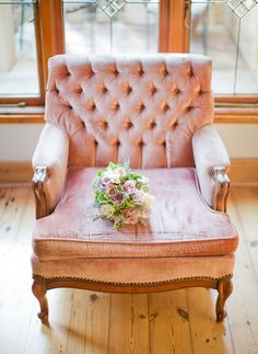 Dusky Pink tufted chair