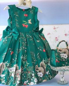 Diy Crafts - VK is the largest European social network with more than 100 million active users. Girls Frock Design, Kids Frocks Design, Baby Frocks Designs, Baby Dress Design, Baby Girl Party Dresses, Little Girl Dresses, Girls Dresses, Kids Dress Wear, Kids Gown
