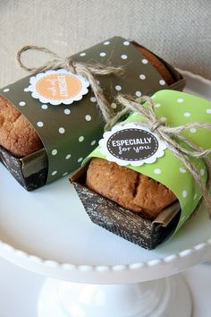 "Free printable ""Especially for you"" labels from The TomKat Studios - perfect for mini cake loaves. #freeprintables"
