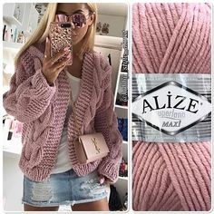 Knitting Patterns Sweter Superlana Maxi yarn is a voluminous, soft thread. Ideal for romance Knitting Wool, Knitting Stitches, Baby Knitting, Crochet Jacket, Crochet Cardigan, Knit Crochet, Cardigan Pattern, Handgestrickte Pullover, Knitting Patterns