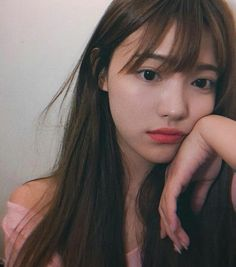 Olifia Rasyarahmani, class 11 Class assignments that are so piling up . Ulzzang Korean Girl, Cute Korean Girl, Cute Asian Girls, Beautiful Asian Girls, Cute Girls, Korean Beauty, Asian Beauty, Uzzlang Girl, Tumblr Girls