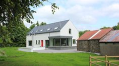 Modern farmhouse in Glenfarne, Co. Leitrim, designed by McCabe Architects Two Storey House Plans, Square House Plans, Metal House Plans, Modern House Plans, House Extension Plans, Cottage Extension, Farmhouse Renovation, Modern Farmhouse Exterior, Farmhouse Contemporary