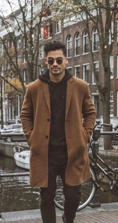 12 Men's Winter Coats To Keep Him Warm This Year Outfits Casual, Stylish Mens Outfits, Mode Outfits, Comfortable Outfits, Diy Outfits, Fashion Outfits, Men's Winter Outfits, Casual Ootd, Stylish Man