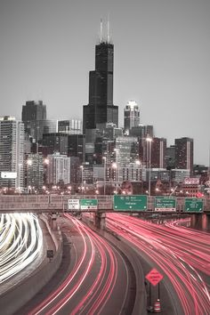 Chicago City, Chicago Skyline, Chicago Illinois, Chicago Wallpaper, City Wallpaper, City Aesthetic, Travel Aesthetic, Picture On Wood, Picture Wall