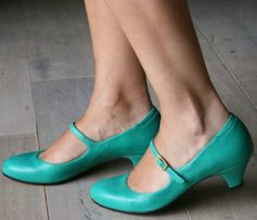 Teal Mary Jane Kitten Heels! LOVE! Definitely doing Teal shoes for the wedding, just not sure which ones...