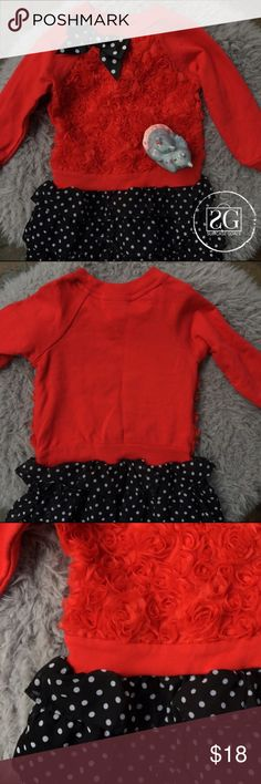Clementine | Red Roses Sweater Dress Gently used condition. So adorable! Great to dress up or down. Perfect with boots and leggings for when it is really cold! Skirt, lining & bodice: 100% polyester. Sleeves are 60% cotton, 40% polyester. Clementine Dresses Casual