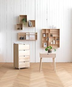 Billige kommoder - Kjøp ny kommode til lav pris Kids Storage, Wall Storage, Wall Shelves, Shelving, Home And Living, Nightstand, Kids Room, Sweet Home, New Homes