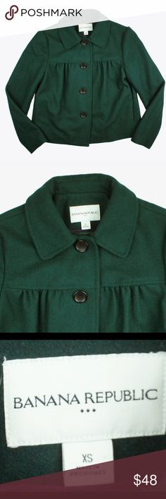 """BANANA REPUBLIC Hunter Green Wool Jacket Excellent condition! This hunter green wool jacket from Banana Republic features button closures and is fully lined. Made of a wool blend. Measures: bust: 37"""", total length: 20.5"""", sleeves: 24"""" Banana Republic Jackets & Coats Pea Coats"""