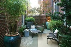 Landscape and Garden Ideas for Small Spaces Garden Wonder Inc - Modern Pocket Garden Small Spaces, Small Narrow Garden Ideas, Narrow Patio Ideas, Small City Garden, Small Courtyard Gardens, Small Courtyards, Rustic Gardens, Courtyard Ideas, Small Backyard Gardens