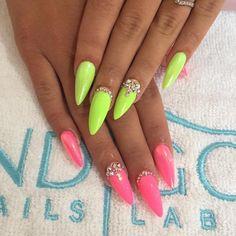 Gel polish Bim Bam Bom & Macarena by Raffaella Cesaro, Indigo Italia #nails #nail #spring #indigo #neon #lime #pink #italy #nailart #spring