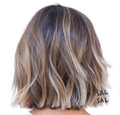 Short Hair Color Trends Short hair color trends 2019 are the perfect platf. - - Short Hair Color Trends Short hair color trends 2019 are the perfect platform for balayage! Blunt Bob Hairstyles, Cut Hairstyles, Hairstyle Short, Haircut Short, Haircut Styles, Haircut Bob, Brown Bob Haircut, Simple Hairstyles, Short Straight Hairstyles