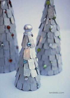Pretty and EASY Shaker Style Christmas Tree Decorations -  DIY Tutorial