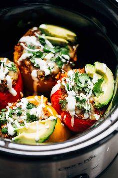 Quinoa Black Bean Stuffed Peppers #crockpot #slowcooker #peppers