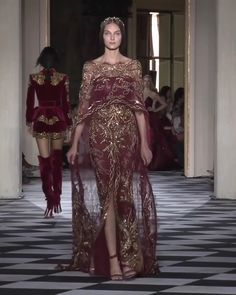 Amazing Gold Embroidered Burgundy Off Shoulder Slit Sheath Evening Maxi Dress / Evening Gown with Long Cape. Couture Fall Winter 2018/2019 Collection Runway by Zuhair Murad