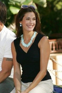 Teri Hatcher Wedding and Featured Hair style.