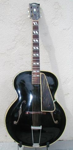 1945 Gibson L-7 in factory black