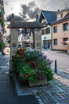 Puits dans la Grand'Rue. Dorlisheim