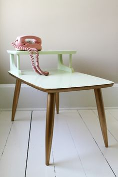 A really love this type of table and I know the antique shop down the road has one...