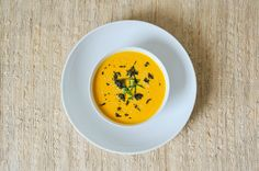 carrot-wasabi soup. Soup For The Soul, French Onion, Carrots, Potatoes, Beverage, Ethnic Recipes, Winter, Food, Carrot