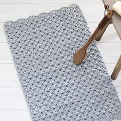 List of attractive matto virkattu ohje ideas and photos Crochet Carpet, Crochet Home, Knit Crochet, Beige Carpet, Diy Carpet, Painting Carpet, Crochet Fashion, Carpet Runner, Handicraft