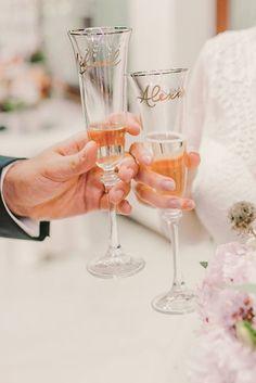 #handwritten #custom #champagne #glasses #wedding #charmink Champagne Glasses, Modern Calligraphy, Service Design, Hand Lettering, Alcoholic Drinks, Tableware, Wedding, Valentines Day Weddings, Dinnerware