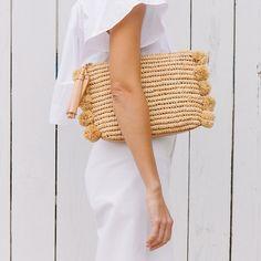 Loeffler Randall Tassel pouch in natural raffia with raffia pom poms Size: L D x Ted Baker Handtasche, Bohemian Style, Boho Chic, Basket Bag, Summer Bags, Mode Inspiration, Fashion Inspiration, Mode Style, Fashion Handbags