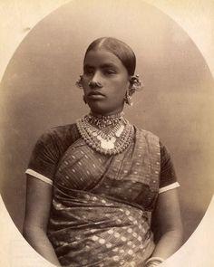 1890 : Portrait d'une jeune femme Tamil, Colombo, Ceylan (Sri Lanka)
