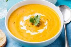 Pumpkin and carrot soup with cream and parsley on blue stone background. Pumpkin Sweet Potato Soup, Pumkin Soup, Carrot Soup, Gourmet Recipes, Soup Recipes, Healthy Recipes, Stuffed Pepper Soup, Stuffed Peppers, Healthy Canned Soups