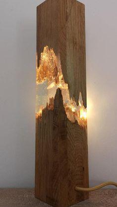 Wood Resin Table, Epoxy Resin Wood, Diy Epoxy, Resin Art, Diy Resin Lamp, Resin And Wood Diy, Unique Night Lights, Lampe Decoration, Resin Furniture