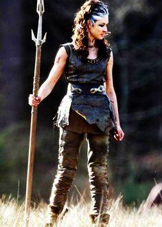 Olga Kurylenko in 'Centurion' Olga Kurylenko Centurion, Larp, Conquest Of Mythodea, Armor Clothing, Viking Costume, Female Armor, Paris Mode, Fantasy Costumes, Fantasy Warrior