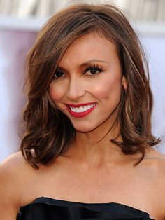 Best: #GiulianaRancic. This is the first time we've seen G without hair extensions, and we're totally digging it. Au naturale is the way to go! #Oscar2013
