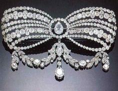 Antiquorum - Diamond and Platinum Corsage Ornament Paris, 1911.