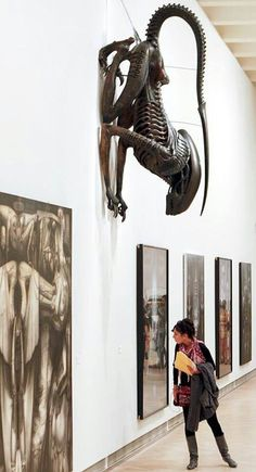 Alien at Art Gallery, man, that thing staring down upon you from above would be terrifying!!!