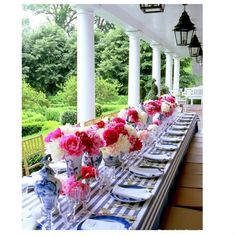 peonies, outside table, perfect dinner or lunch party