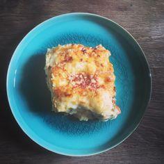 Les bons plats familiaux font le bonheur des petits comme des grands 😁 Aujourd'hui recette de lasagnes revisitées , carottes, courgettes, chèvre 🐐 une association gagnante et originale qui étonnera à coup sûr 😋  recette à retrouver en story ou sur le blog ☺️ Bon appétit les amis 😁  #pauldebauche #recette #recettetuto #blogcuisine #lasagne #lasagnes #courgette #chevre #fromagedechevre #platsfamiliaux #cuisinerenfamille #stayathome #onvadéguster #pourpetitsetgrands #bonapetit #cook #cooking #r Hui, Comme, Macaroni And Cheese, Breakfast, Ethnic Recipes, Food, Carrots, Zucchini, Goat Cheese