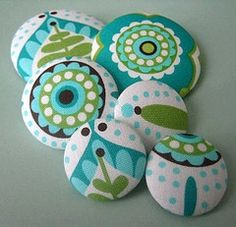 I've never made my own fabric buttons and really want to. aren't these gorgeous?