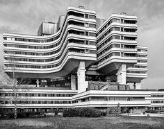 Military Medical Academy complex, Banjica, Belgrade, Serbia, designed in 1973, built in 1981, Architect: Josip Osojnik, Slobodan Nikolić © BACU #socialistmodernism