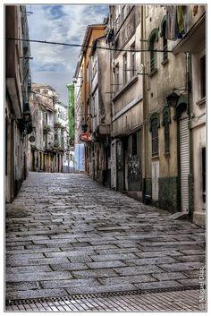 Calles de Ferrol I. con lluvia seria la raja