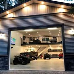 Garage Ideas For a MAN CAVE! Declutter and organize your garage then turn it into a man cave. Garage storage and organization ideas to take your garage from cluttered mess to organized success. LOTS of garage makeover pictures before and after! Garage House, Man Cave Garage, Dream Garage, Garage With Loft, Garage Shop Plans, Garage Workshop Plans, Diy Garage, Man Cave Shed, Man Cave Barn