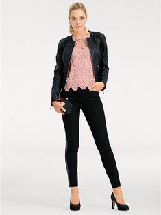 Coup de coeur pour cette veste en cuir qui s'accorde facilement avec vos différents looks #mode #tendance #veste #cuir
