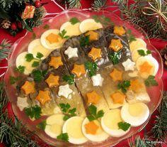 Karp w galarecie Polish Recipes, Polish Food, Cooking Recipes, Healthy Recipes, Christmas Cooking, Cobb Salad, Sushi, Catering, Seafood