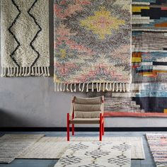 Living Room Styles, Living Room Designs, Moroccan Style Rug, Moroccan Rugs, Discount Area Rugs, Bee Embroidery, Fabric Rug, Textiles, Shop Front Design