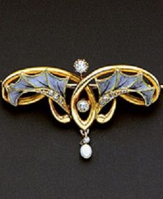An Art Nouveau Diamond, Pearl and Enamel Brooch, circa 1905. Featuring a pair of holly leaves in violet plique-à-jour enamelling with tiny rose-cut diamond details, further embellished by a pair of old mine-cut diamonds, within a whiplash frame suspending a small pearl drop, in 18k gold.