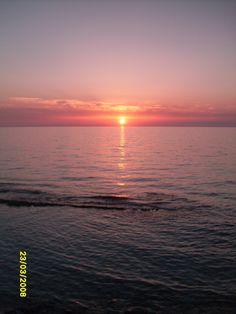 sunset at pizzo marina