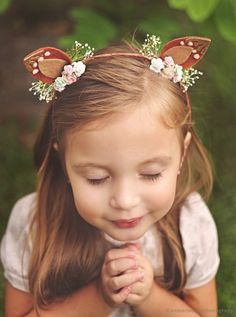 Enchanted Forest Party Theme Ideas for Kids' Birthday 40 + Enchanted Forest Party-Themenideen zum Kindergeburtstag Diy Headband, Ear Headbands, Kids Headbands, Floral Headbands, Enchanted Forest Party, Woodland Fairy, Diy Hair Accessories, Christmas Accessories, Simple Gifts
