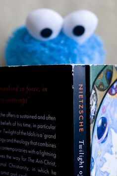 Nietzsche and Cookie Monster. I Love Books, Good Books, Books To Read, My Books, Celebrities Reading, Elmo And Cookie Monster, Book Authors, Book Nerd, Book Worms