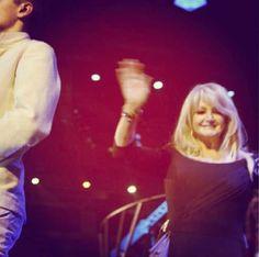 Bonnie Tyler - Eurovision Song Contest - 18/05/2013 - Bonnie during the flag procession #bonnietyler #bonnietylereurovision #gaynorhopkins #gaynorsullivan #eurovision #uk #unitedkingdom #music #rock #thequeenbonnietyler #therockingqueen #rockingqueen #2013 #believeinme #flag #malmo